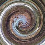 Foto eines Fischeichs, mittels twirl entfremdet.